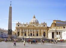 st vatican peter rome s фонтана города bernini базилики предпосылки квадратный Стоковые Фотографии RF
