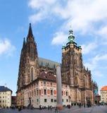 St. Vitus大教堂在2012年10月09日的布拉格 免版税库存图片
