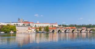 St Vitus Cathedral, Charles Bridge, Praga Fotografie Stock Libere da Diritti