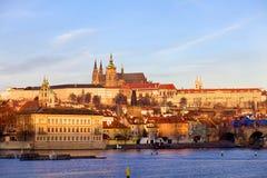 St Vitus Cathedral e Mala Strana, repubblica Ceca di Praga Immagine Stock