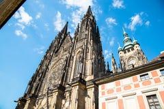 St Vitus - Prague slott Arkivbilder