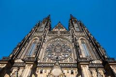 St Vitus - Prague slott Royaltyfri Fotografi