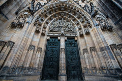 St Vitus - Prague slott Arkivfoton