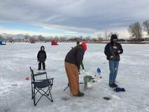 St Vrain State Park 4 del evento de la pesca del hielo Fotografía de archivo