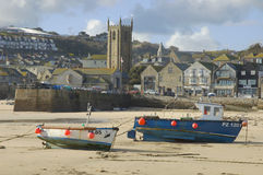 St Yves. Boats with low tide in St Yves, Cornwall, United Kingdom royalty free stock photos
