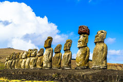 Stać Moai przy Ahu Tongariki Zdjęcia Stock