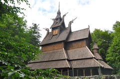 Staafkerk Fantoft dichtbij Bergen, Noorwegen Stock Fotografie
