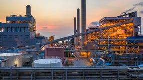 Staalfabriek, Metallurgische installatie, Metallurgische staal producerende fabriek stock foto's