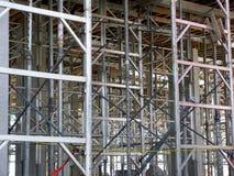 Staalnagels in de bouw worden gebruikt die Royalty-vrije Stock Afbeeldingen