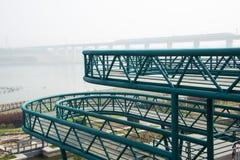 Staalstructuur, het het bekijken platform, ladder stock fotografie