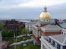 Staat Massachusetts-Haus in Boston auf Leuchtfeuer-Straße stockfotografie