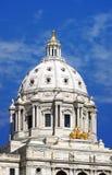 Staat Minnesota-Kapitol-Str. Paul Mangan - geradeaus Lizenzfreie Stockfotos