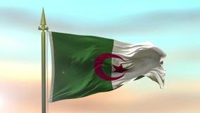 Staatsflagge des Algeriens, das in den Wind gegen die Sonnenunterganghimmelhintergrund-Zeitlupe nahtlose Schleife wellenartig bew stock footage