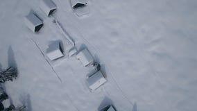 Stabilimento aereo della montagna nell'inverno (montagna di Zajamniki) stock footage