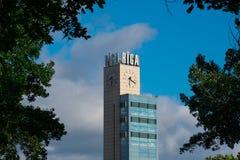 Stacija di centrala di rigas della torre di orologio della stazione centrale di Riga Immagini Stock Libere da Diritti