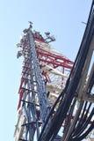 Stacj bazowych anteny komórkowa komunikacja Zdjęcia Royalty Free