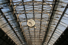 stacja kolejowa zegara Zdjęcie Royalty Free