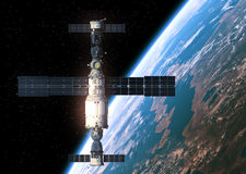 Stacja Kosmiczna Orbituje Earth Obraz Royalty Free