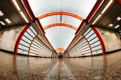 Stacja metru jest Obvodny kanałem dutchman latający forteczny Paul Peter Petersburg restauracyjny Russia święty Wrzesień 03 2017 Obraz Stock