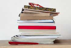 Stack of books on the shelf Royalty Free Stock Photography