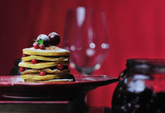 Stack of delicious pancakes Royalty Free Stock Photos