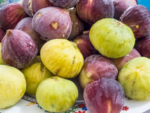 Pile of green and red figs Royalty Free Stock Photos