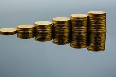 Stacked coins, upward trend Royalty Free Stock Photos