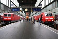 stacyjny pociąg