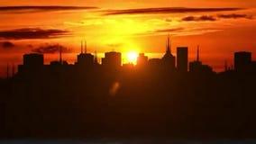stad över solnedgång royaltyfri illustrationer
