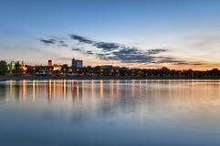stad över sundownwasaw Arkivfoto