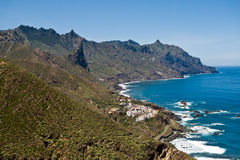 Stad av Almaciga på den norr ostkusten av Tenerife Arkivfoton