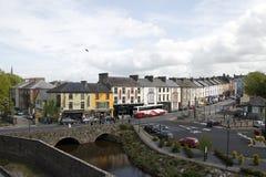 Stad av Cahir på floden Suir, Co Tipperary Royaltyfri Bild