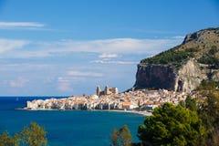 Stad av Cefalu, Sicilien, Italien Arkivbilder