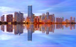 Stad av den Miami Florida solnedgången Royaltyfria Foton