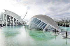 Stad av den sceniska sikten för konster och för vetenskaper och Hemisferic, Valencia, Spanien royaltyfri bild