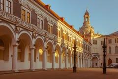 Stad av Dresden center historiskt Höstafton i Dresden royaltyfria bilder