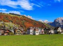 Stad av Engelberg i Schweiz Royaltyfria Bilder