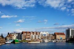 Stad av Gdansk horisont i Polen Arkivfoton