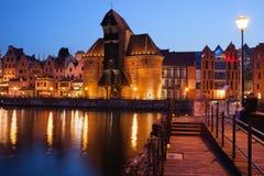 Stad av Gdansk vid natt i Polen Arkivfoton