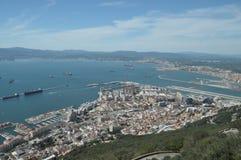Stad av Gibraltar, hamnen och fartyg Arkivfoto