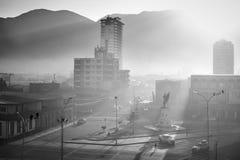 Stad av Iquique på en soluppgång Nord av Chile Arkivfoton