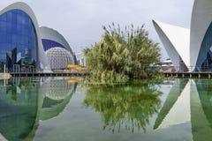 Stad av konster och vetenskaper och den sceniska sikten för oceanografiskt akvarium, Valencia, Spanien arkivbilder