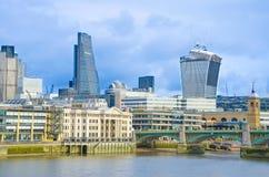 Stad av London på den ljusa dagen Royaltyfri Fotografi