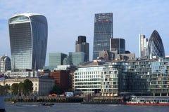 Stad av London skyskrapor Fotografering för Bildbyråer