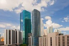 Stad av Miami, Florida i stadens centrum byggnadscityscape Arkivbilder