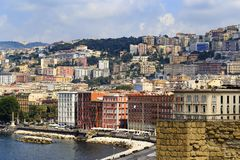 Stad av Naples i Campania, Italien cityscape Arkivbild
