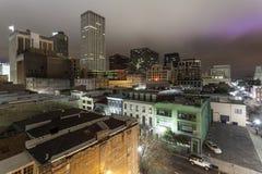 Stad av New Orleans på natten Arkivbilder