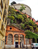 Stad av Nice - arkitektur av slottkullen Arkivfoto