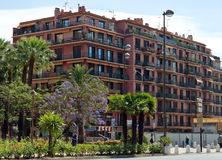 Stad av Nice - arkitektur längs Promenade des Anglais Arkivfoto
