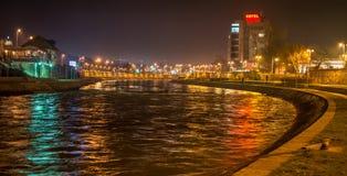Stad av Nis-flodstranden, Nis, Serbien Royaltyfria Foton